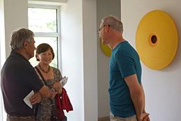Rundgang durch die Galerie mit Reinhard Wöllmer